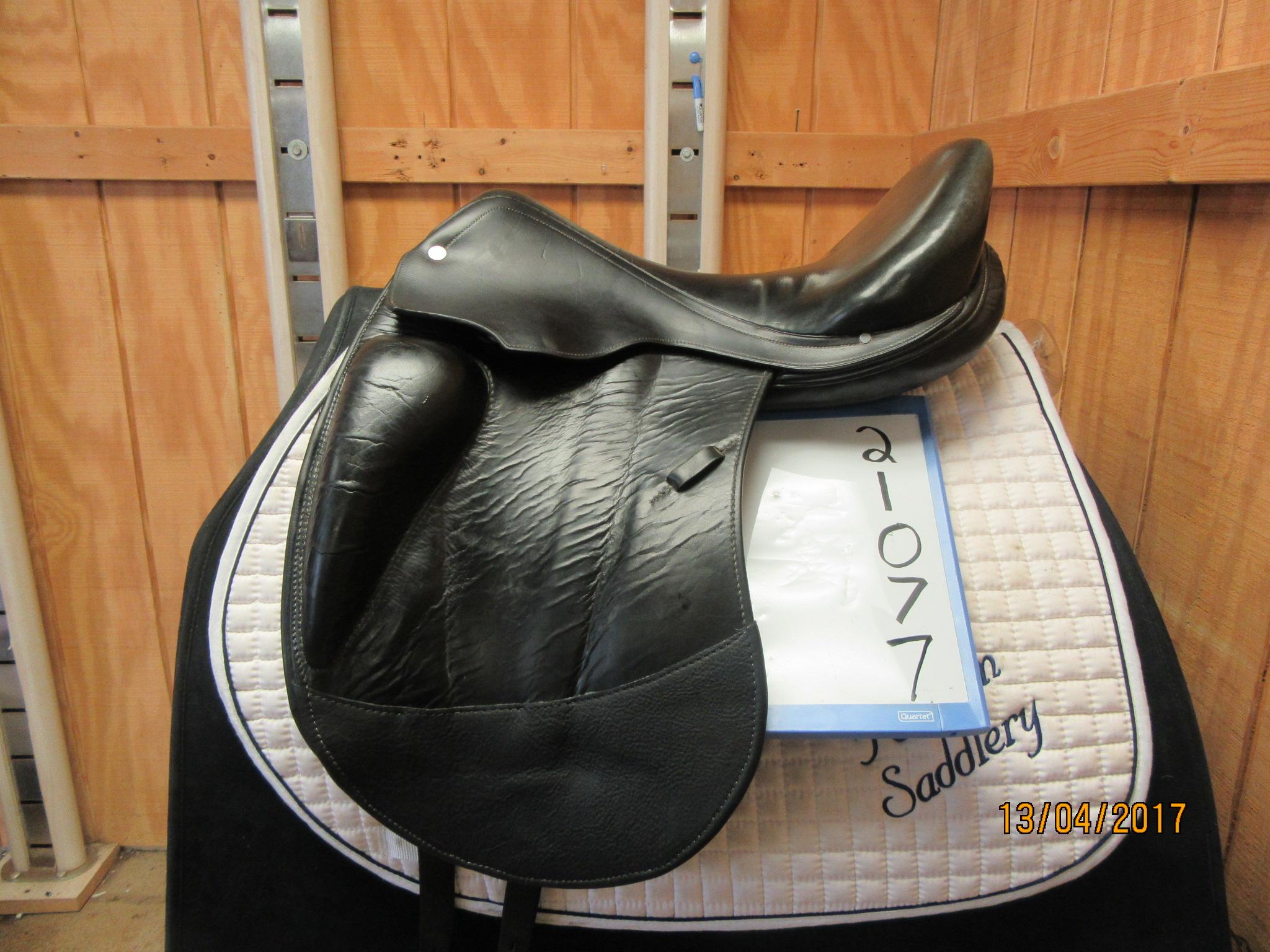 643c7a29bdcc Pelham Saddlery  Hermes Used Dressage Saddle 17.5